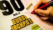 Je 45 Millionen Euro gehen nach Polen und Finnland