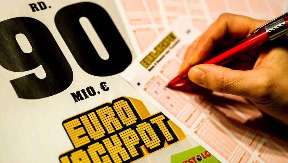 Eurojackpot: Gewinnzahlen 10, 19, 32, 36, 46 und die Zusatzzahlen 4 und 6