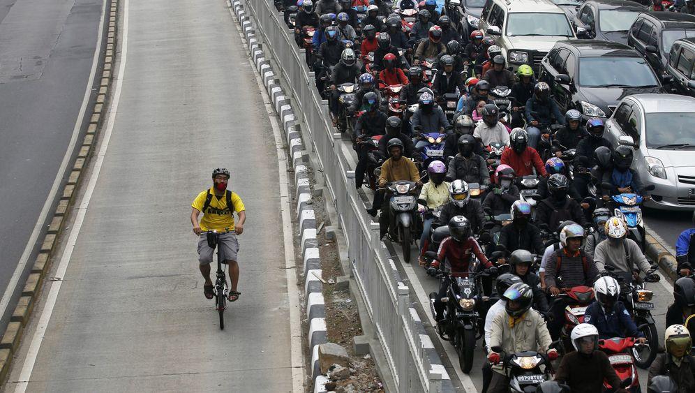 Autofahren in Asien: Unterwegs im Megastau