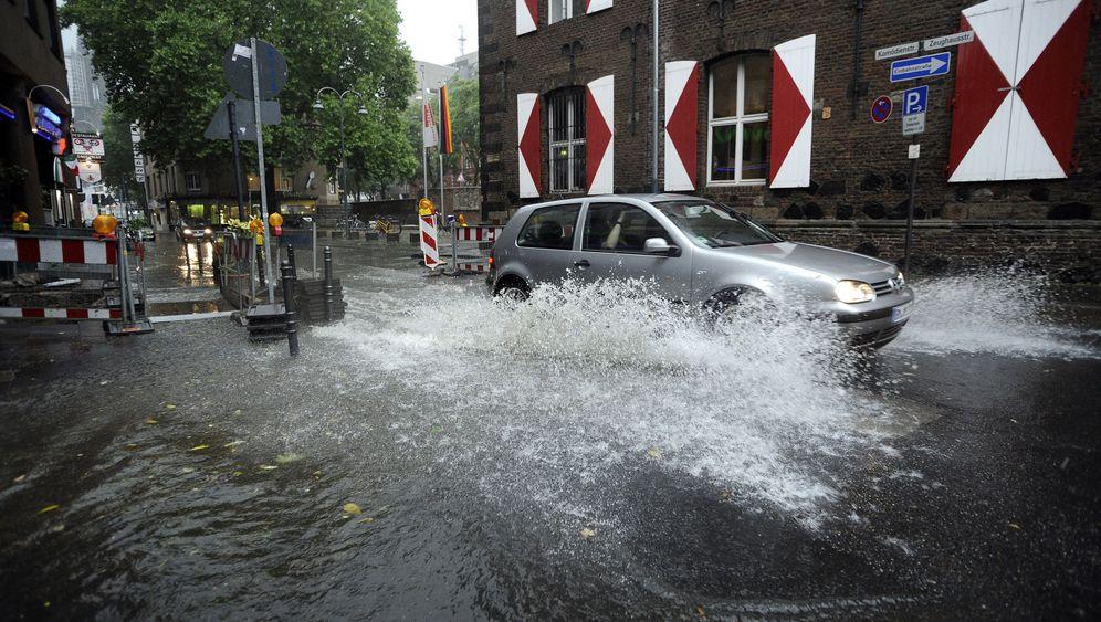 Wetter in Deutschland: Immer den Schirm dabei haben