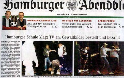 """Das """"Abendblatt"""" zeigt auf seiner ersten Seite Prügelszenen aus dem ZDF-Beitrag: """"Die haben uns richtig gekauft"""""""