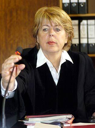 Alles im Griff: Richterin Brigitte Koppenhöfer