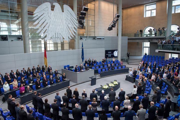 Gedenkminute für Kohl im Bundestag