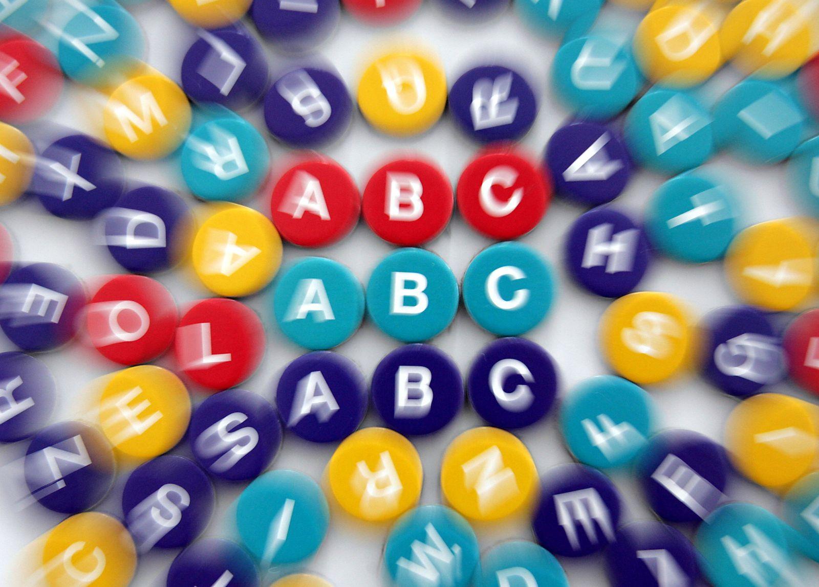 Analphabetismus Analphabeten Buchstaben