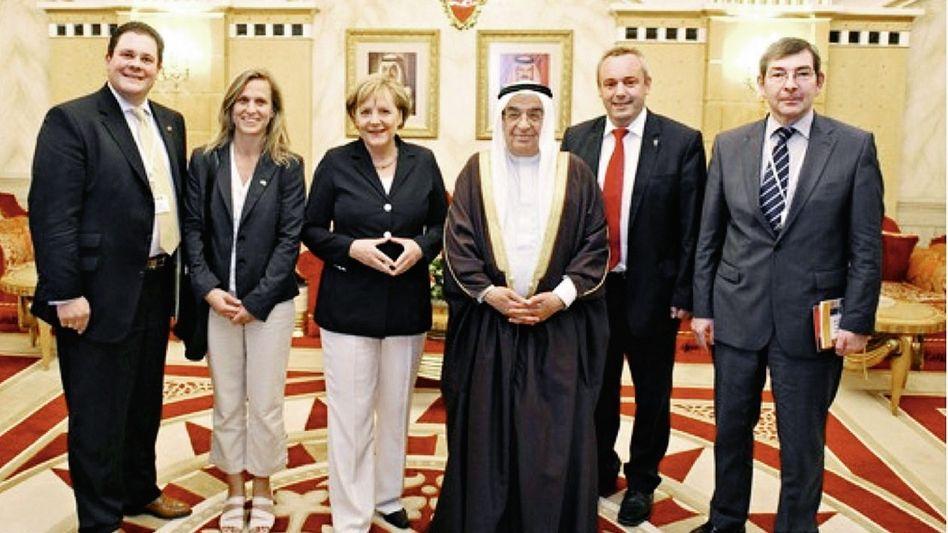 Deutsche Orient-Fahrer in Bahrain 2010(*): »Gastgeschenke mit Erinnerungswert«