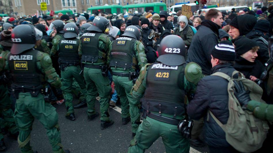 Anti-Nazi-Demo in Dresden: Ermittler haben mehr als 40.000 persönliche Daten abgefragt