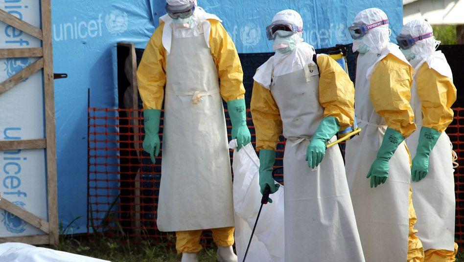 Helfer in Lofa County (Liberia, Westafrika): Ebola-Virus möglicherweise jetzt auch in Nigeria aufgetaucht