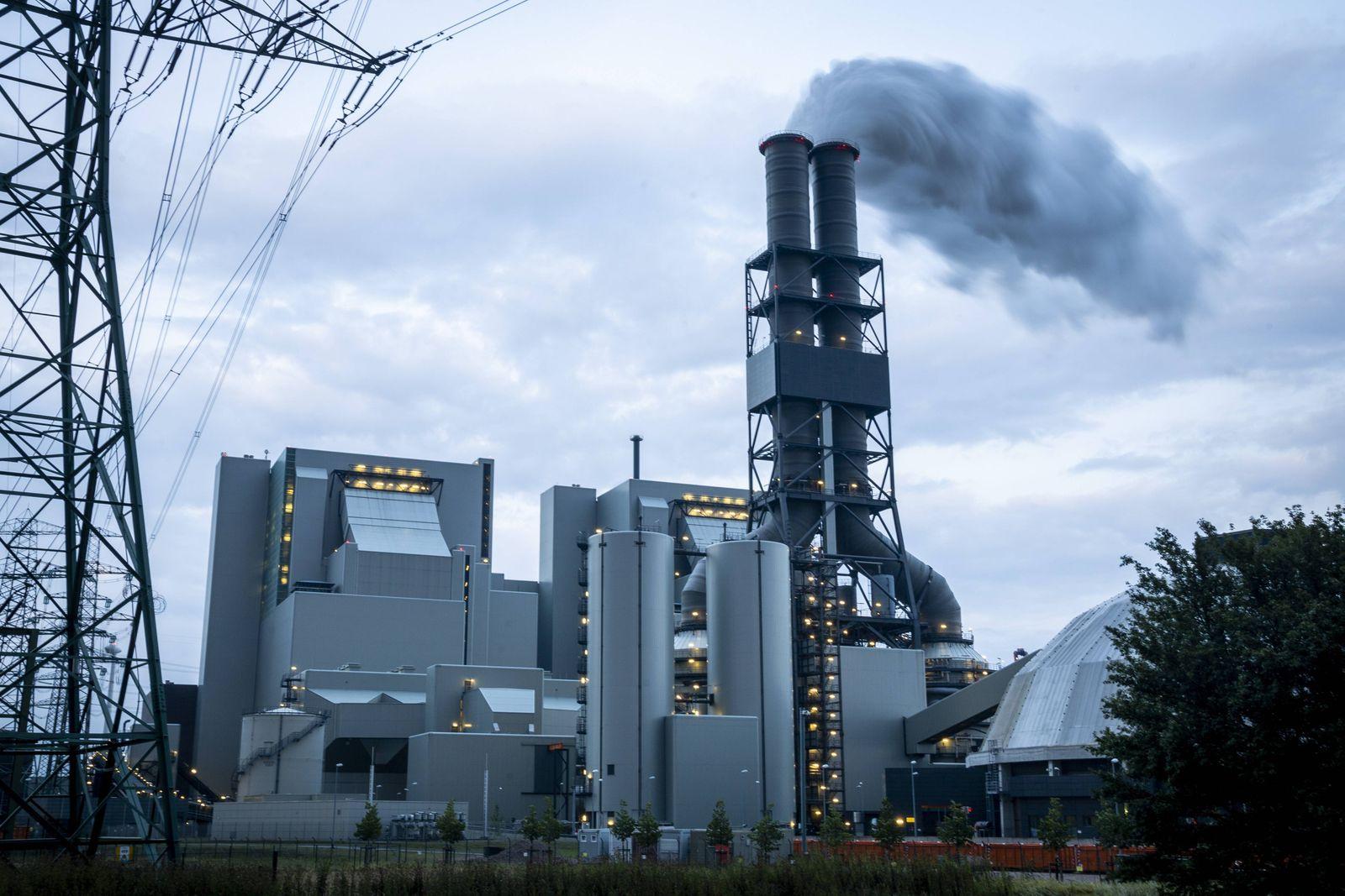 Steinkohlekraftwerk Moorburg Das Kohlekraftwerk Moorburg wird von Vattenfall betrieben und liegt im Hamburger Stadtteil