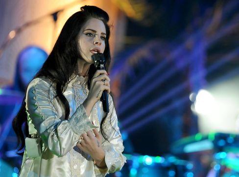 Mehr »Privatsphäre und Transparenz«: Lana del Rey hat ihre Profile in den sozialen Netzwerken deaktiviert