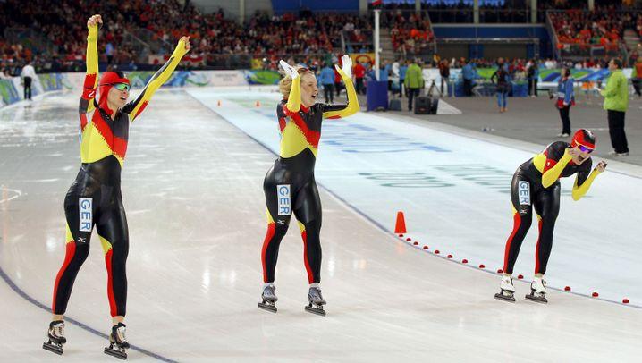 Eisschnelllauf: Auf dem Bauch ins Finale, auf den Kufen zu Gold