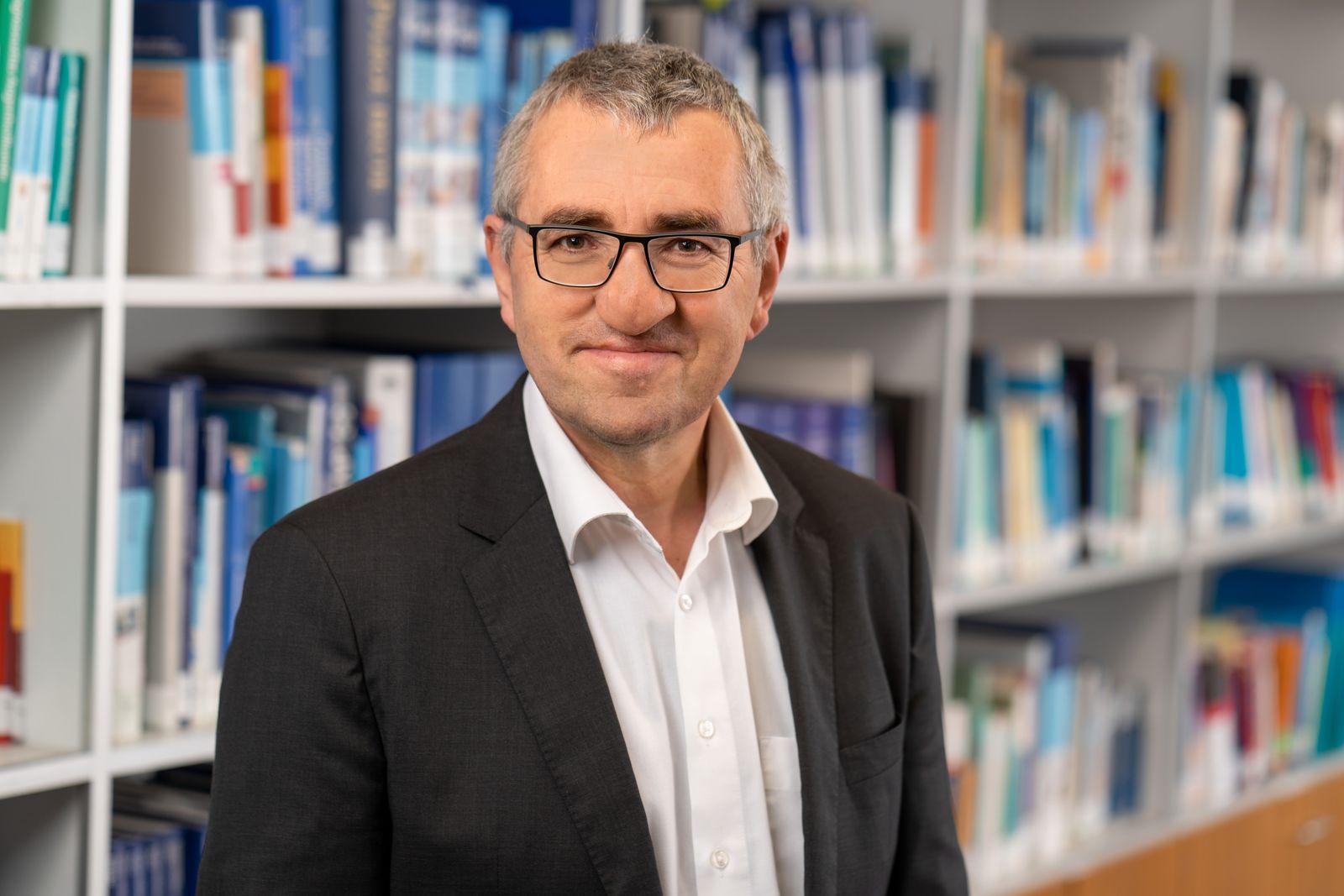 Nachdreh / Impfbereite PflegerInnen / Rolf Dubb