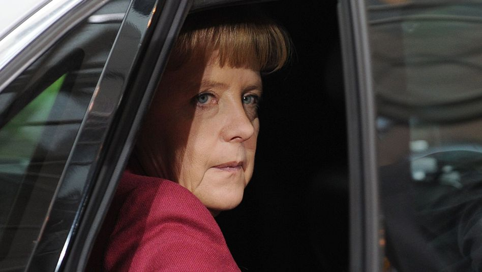 According to a leading political scientist, Merkel is just doing what comes naturally, in terms of Germany's attitude toward the EU. It's just that she is no good at explaining herself.