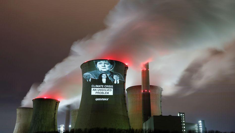 Protestaktion am Kohlekraftwerk in Grevenbroich