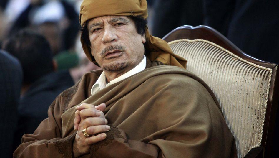 Muammar al-Gaddafi im February 2011: Beteiligung an Fiat, Juventus Turin und anderen