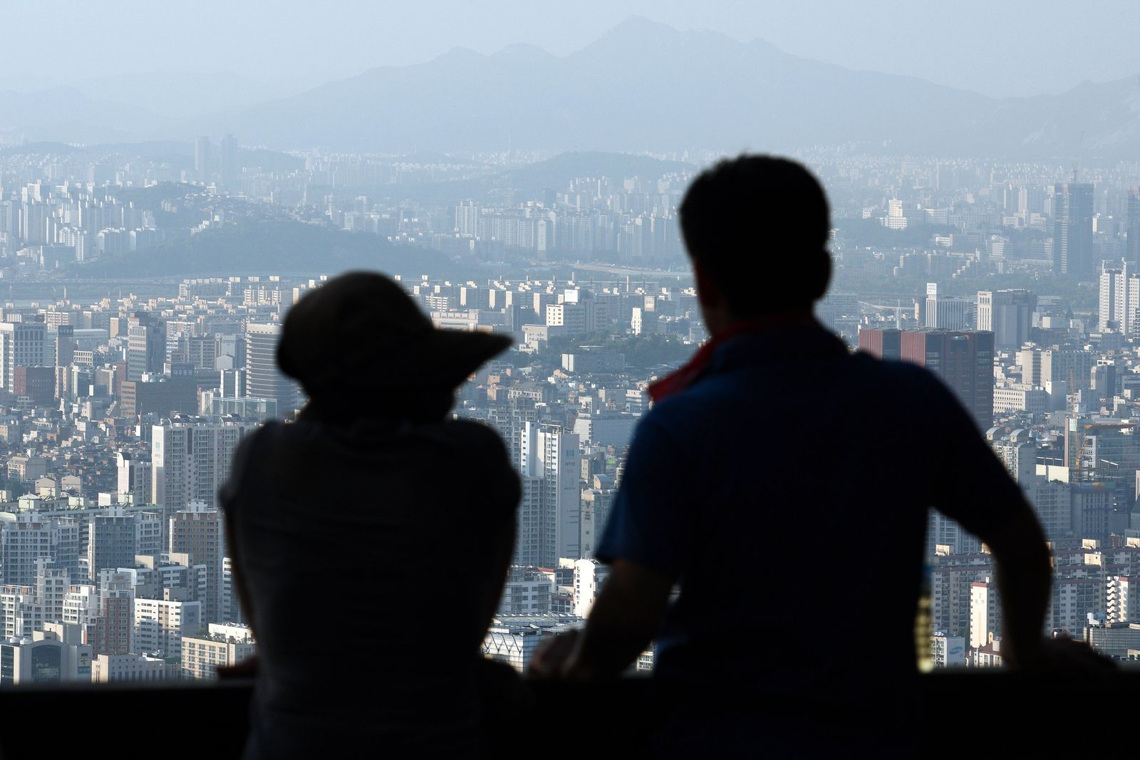 """South Korea to """"Normalize"""" Policy As Economic Forecast Raised"""