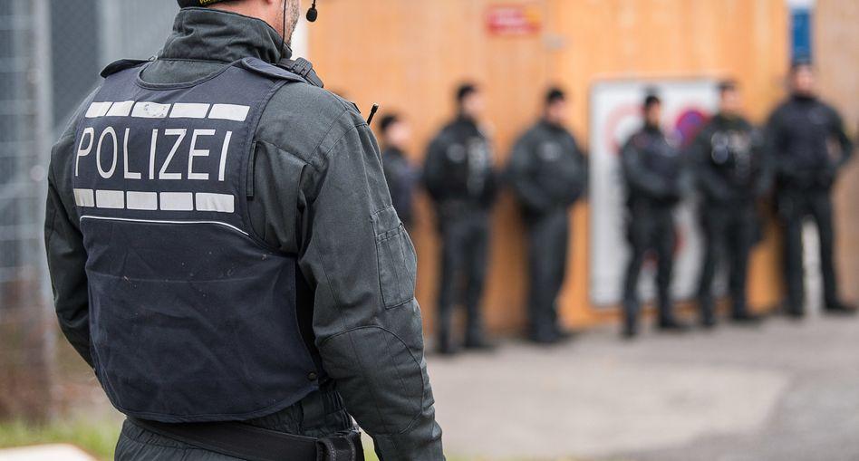 Polizisten in Stuttgart (Archivbild)