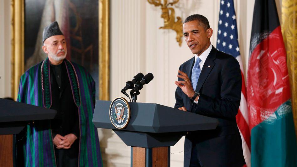 """Obama mit Karzai: """"Ab Frühjahr haben unsere Soldaten eine andere Mission"""""""