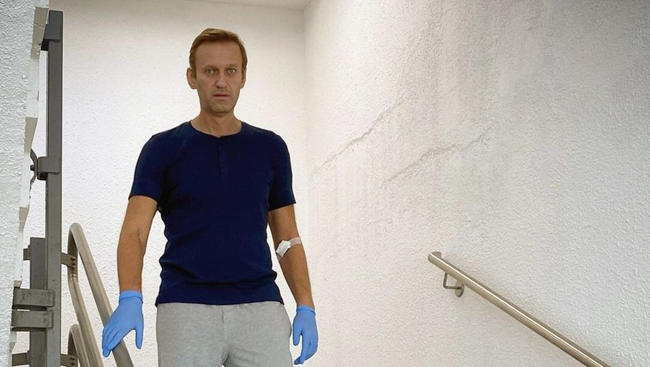 Veröffentlichte wie angekündigt eine Kostenaufstellung seines Krankenhausaufenthalts: der russische Oppositionsführer Alexej Nawalny