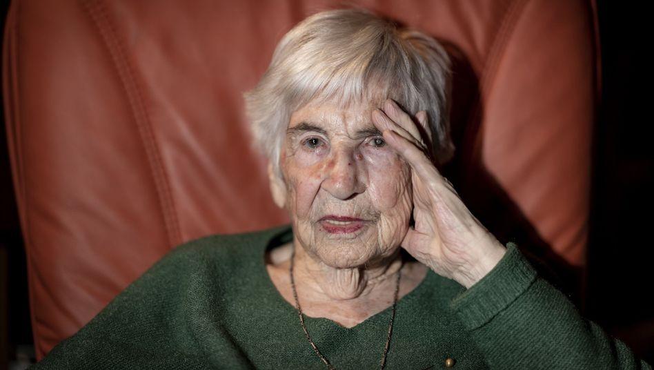 Esther Bejarano: Sie überlebte den Todesmarsch vom KZ Auschwitz.