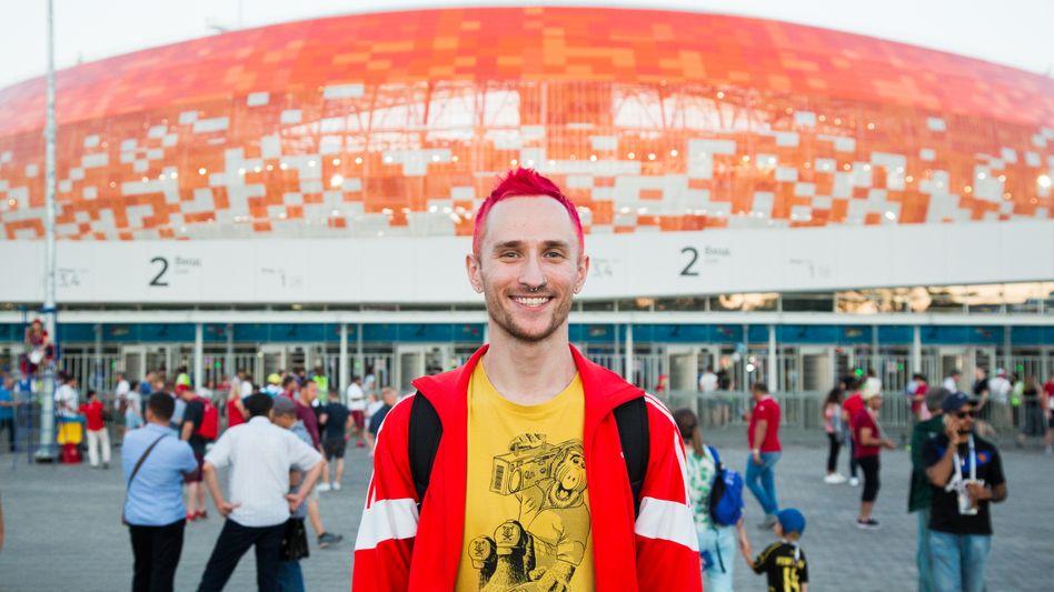 Fußball-WM bei uns in Saransk? Zuerst konnte Anton Kudimow nicht viel mit der Idee anfangen - doch dann begann die Stadt zu feiern.