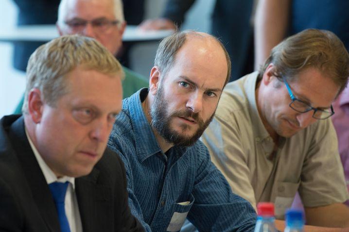 Martin Kohlmann (auf einer Bürgerversammlung in Chemnitz)