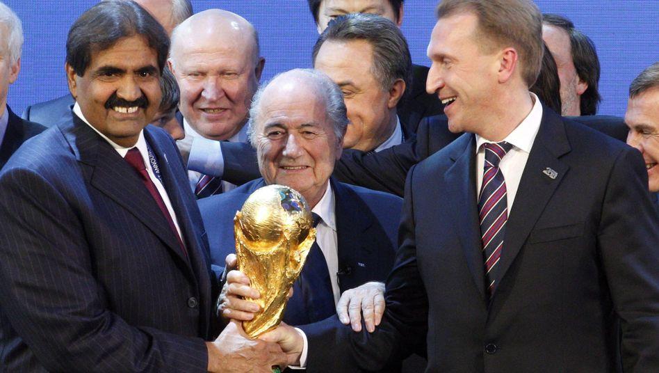 WM-Vergabe 2010, unter anderem mit dem damaligen Fifa-Präsidenten Sepp Blatter (Mitte)