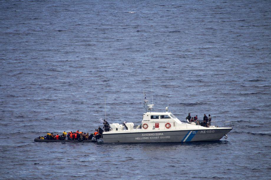illegale Pushbacks als offizielle Regierungspolitik: Griechische Küstenwache
