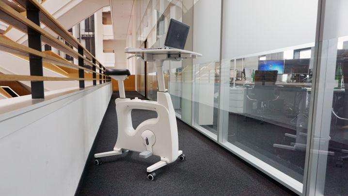 Bürofahrrad im Test: Bewegung am Schreibtisch, ganz nebenbei