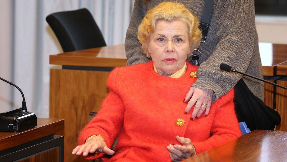 Ingrid Millgramm im Landgericht Memmingen