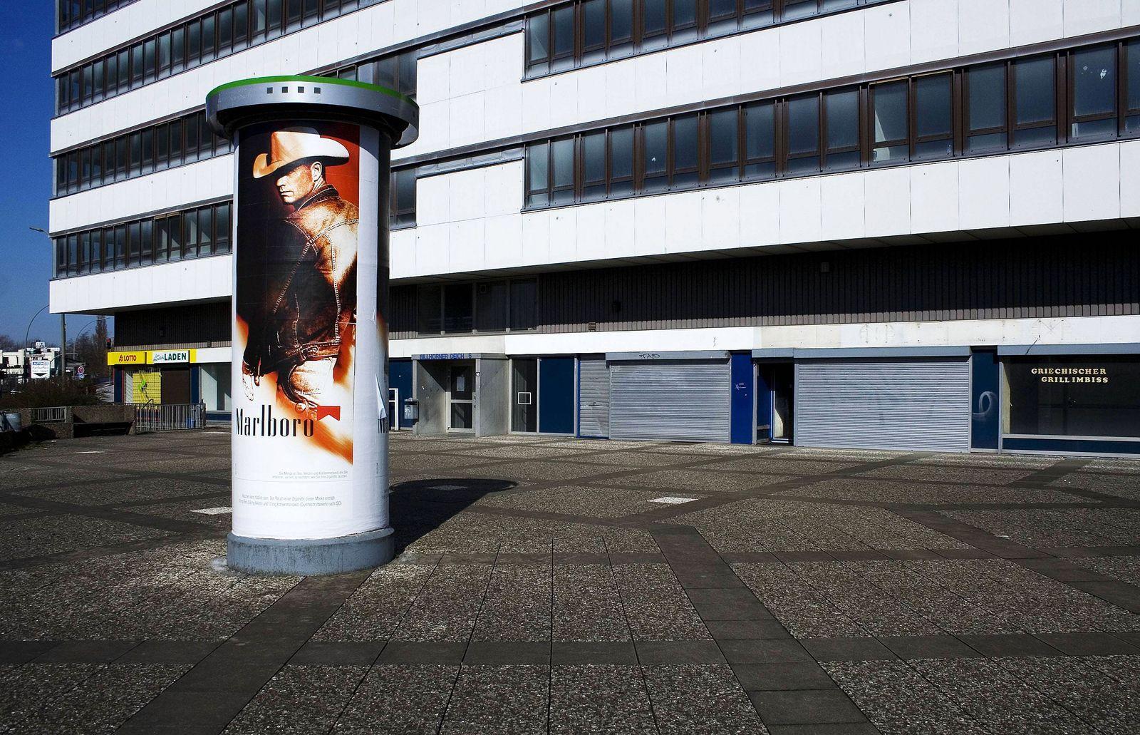 EINMALIGE VERWENDUNG Marlboro-Werbung / Tabakwerbung / Zigaretten-Werbung