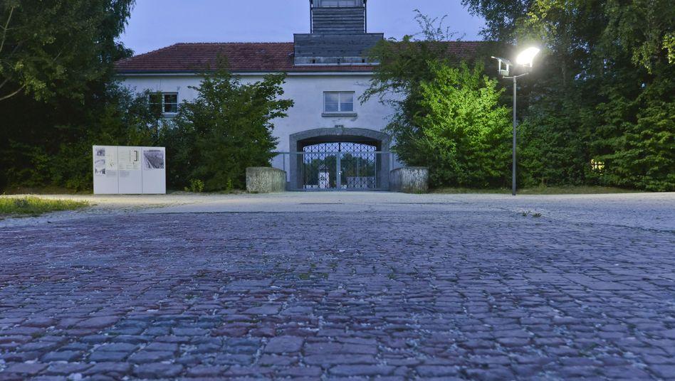 Haupteingang zum früheren KZ Dachau: Eines der ersten im Nazi-Reich