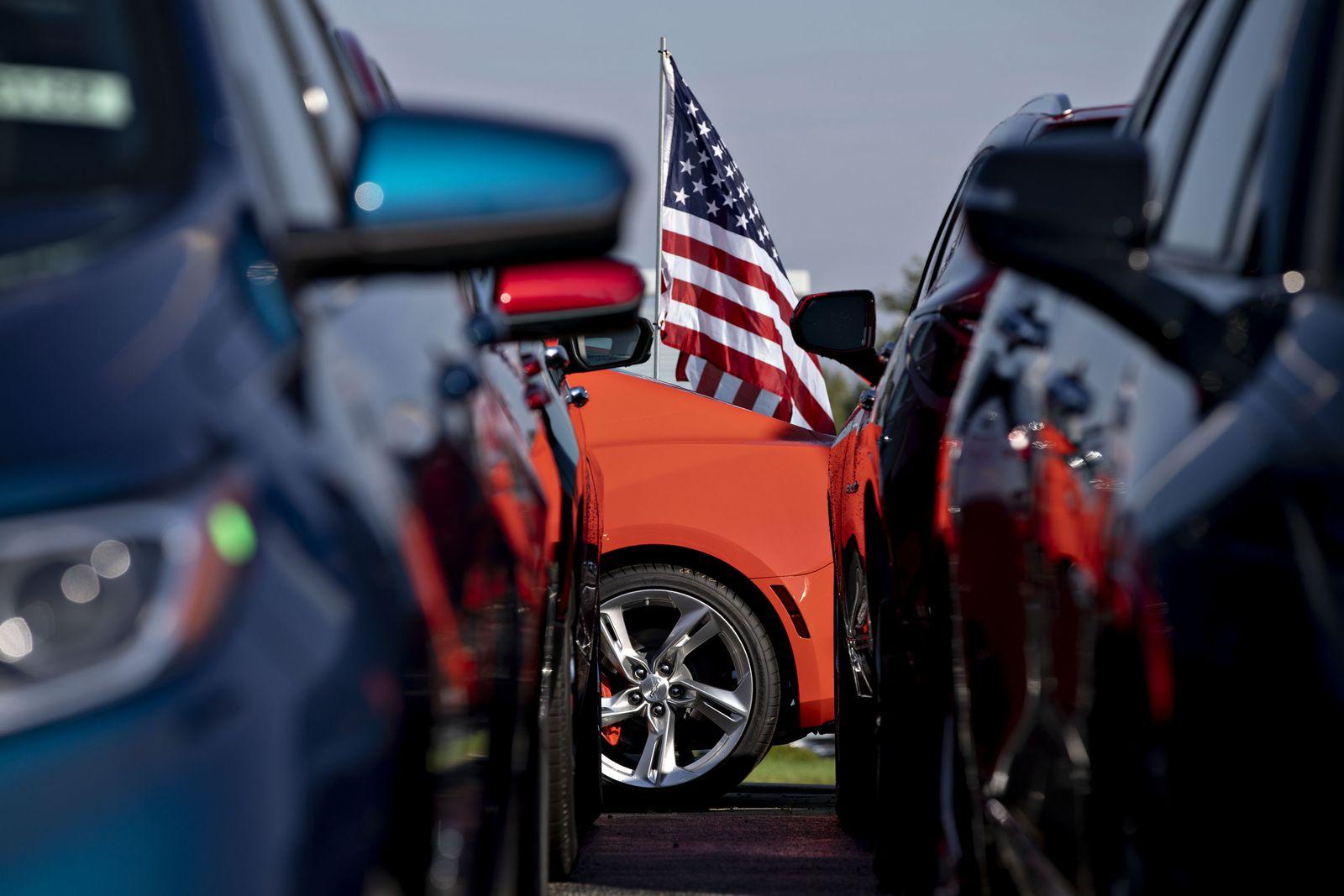 EINMALIGE VERWENDUNG Wirtschaft/ USA/ Automarkt