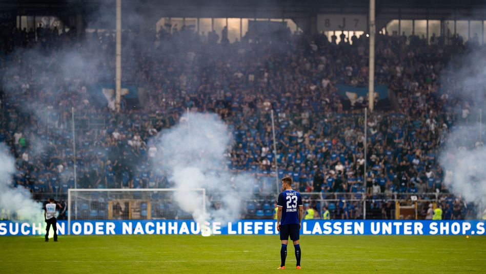 Waldhof Mannheim gegen KFC Uerdingen im Mai 2018
