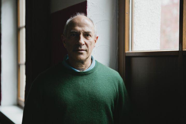 """Missbrauchsopfer Stein: """"Stahlplatte zwischen Kopf und Körper"""""""
