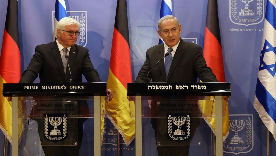 Bundespräsident Frank-Walter Steinmeier und Israels Ministerpräsident Benjamin Netanyahu (r.)