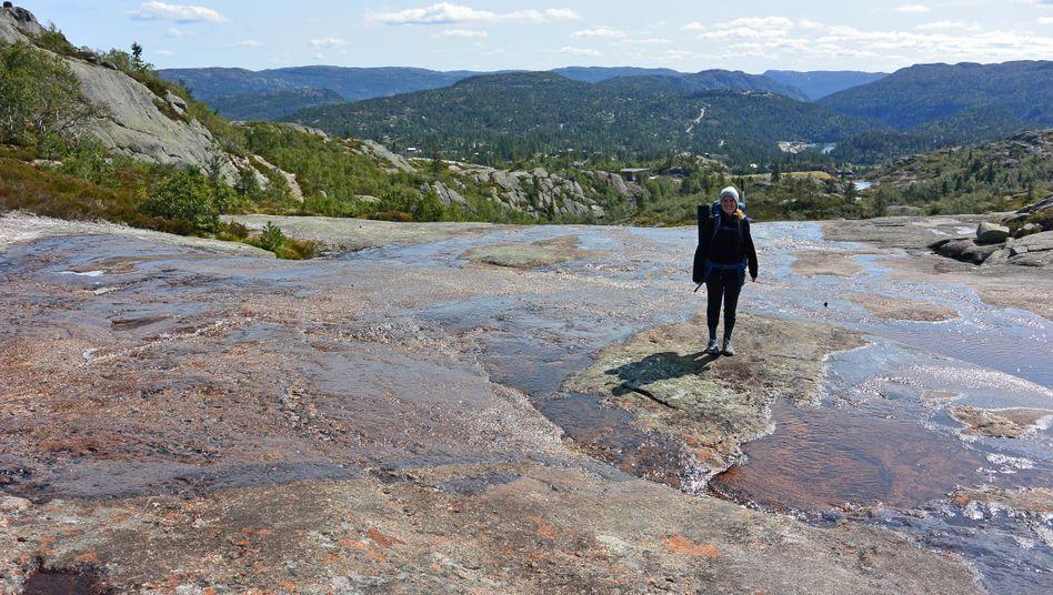 Lorina Ostheim bei einer Wanderung