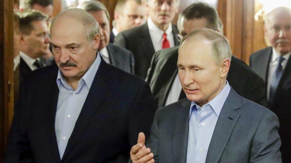 Der weißrussische Präsident Alexander Lukaschenko und sein russischer Amtskollege Wladimir Putin