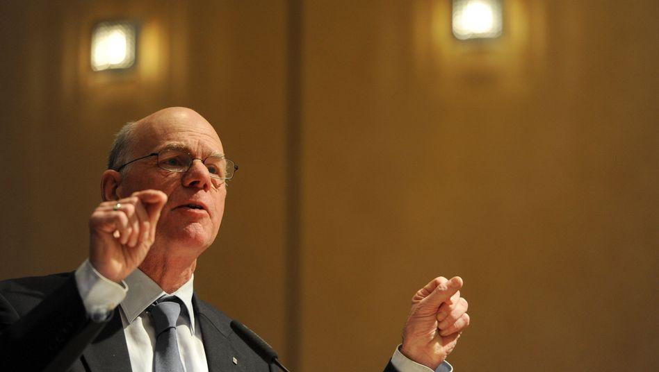 """Bundestagspräsident Lammert: """"Das verdient eine sorgfältige Befassung"""""""