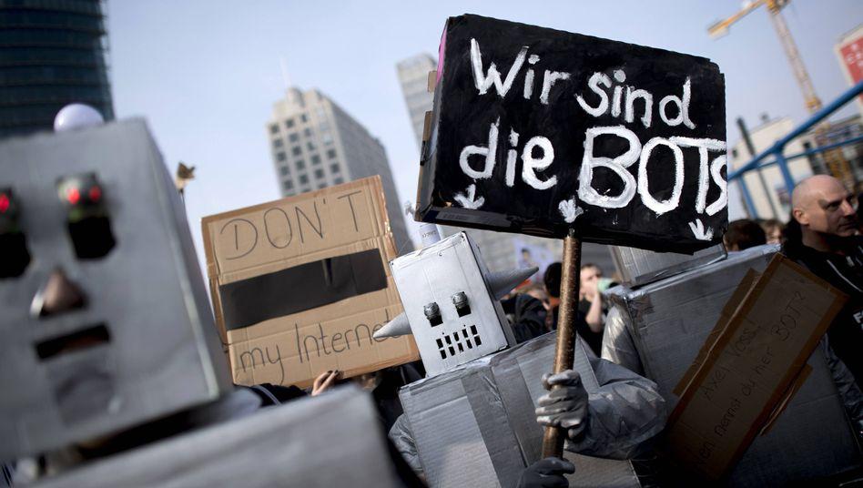 Demonstranten am Samstag in Berlin: Nicht nur Artikel 13 ist das Problem