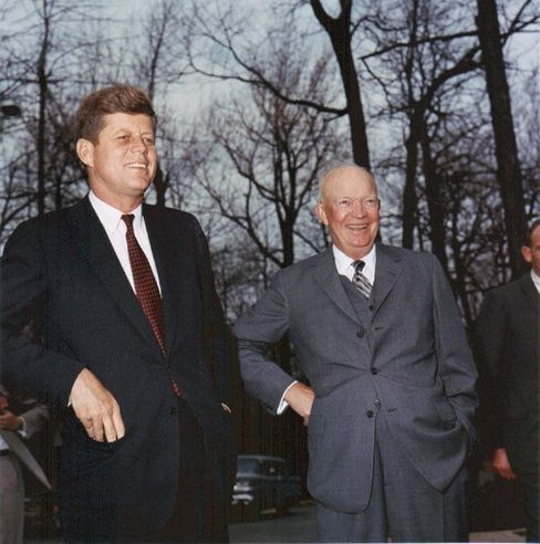 US-Präsident Kennedy, Vorgänger Eisenhower (am 22. April 1961): Desaster in der Karibik