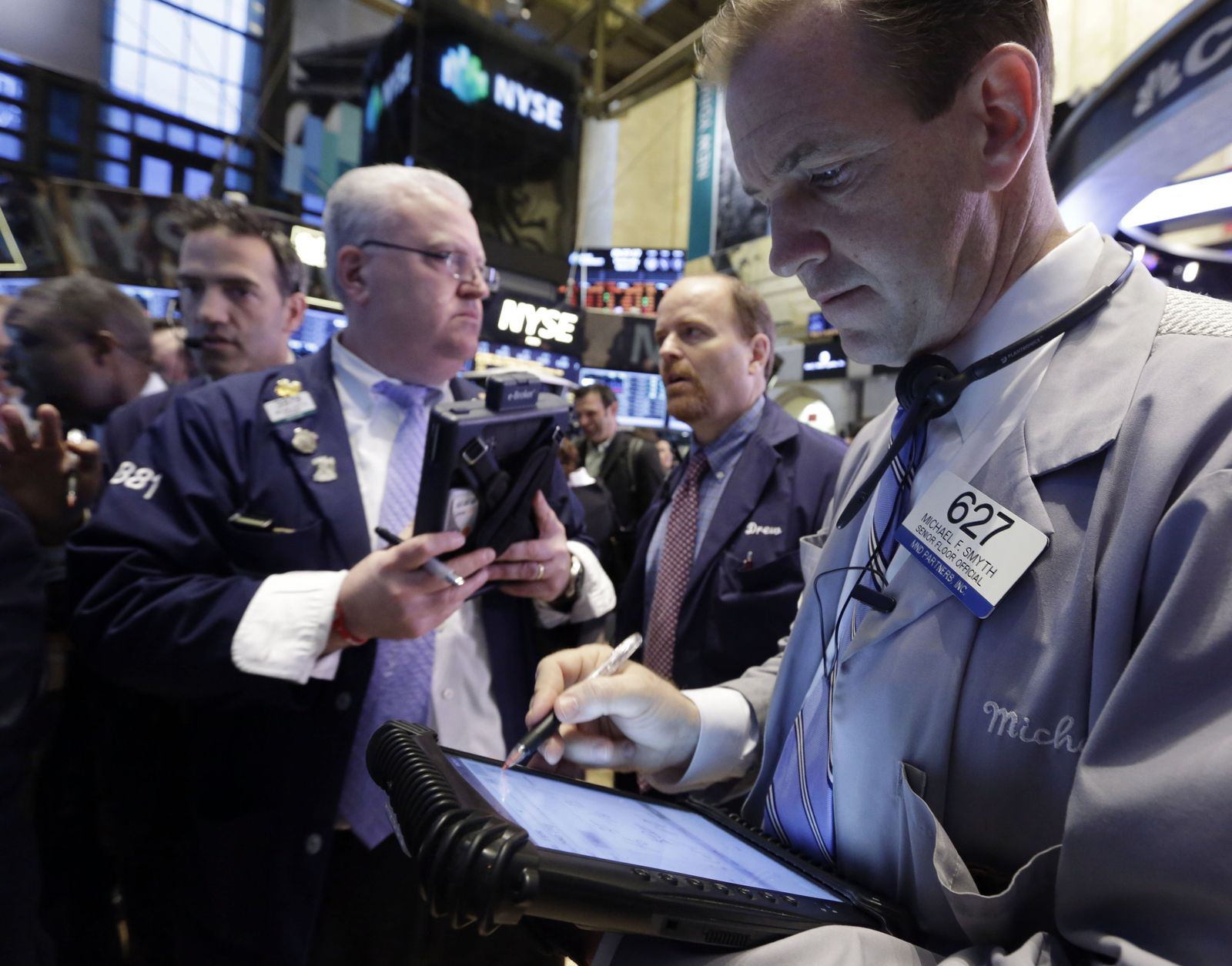 NYSE / Wall Street