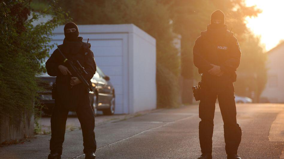 Spezialkräfte der Polizei nach dem Anschlag in Ansbach (Bayern)