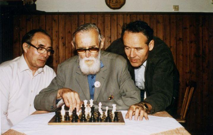 Emil Diemer (Mitte) 1986
