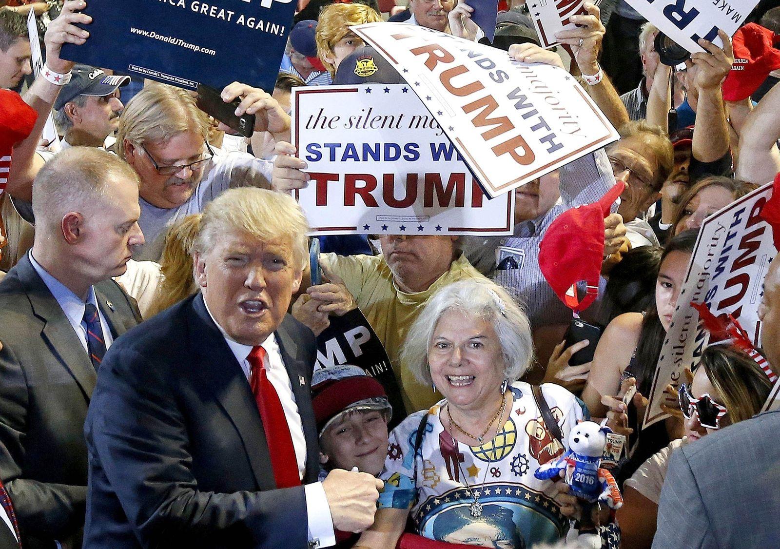 trump allwhite USA Wahlkampf