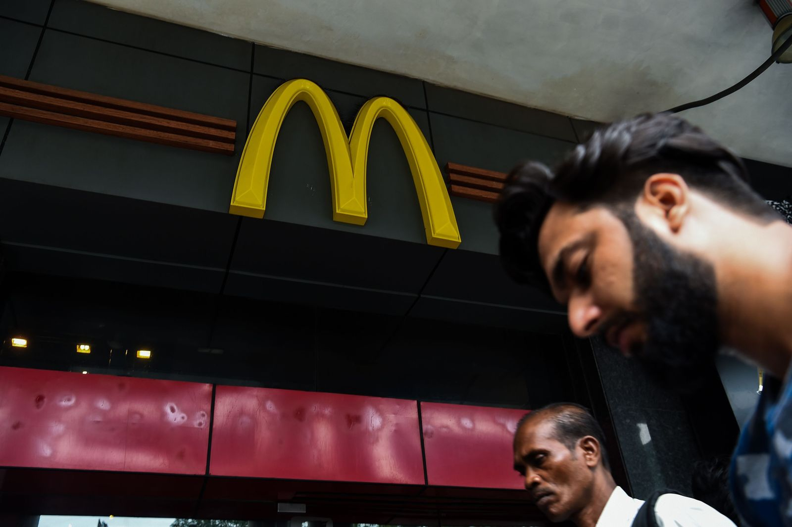 FILES-INDIA-US-MCDONALDS-RESTAURANTS