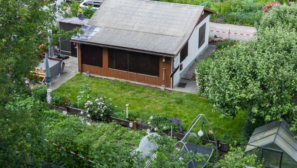 Tatort in einer Kleingartenkolonie am Stadtrand von Münster: mehr als 20 Verdächtige