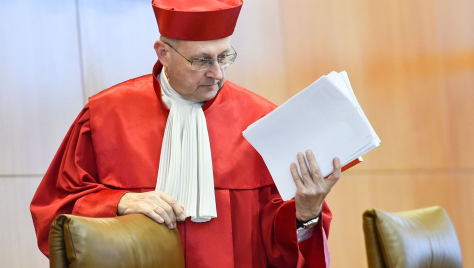 Urteilin Karlsruhe: Erbschaftsteuer ist teilweise verfassungswidrig