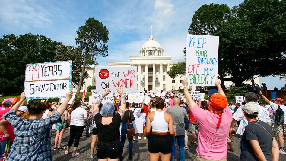 Demonstration für Frauenrechte in Alabama (Archiv)