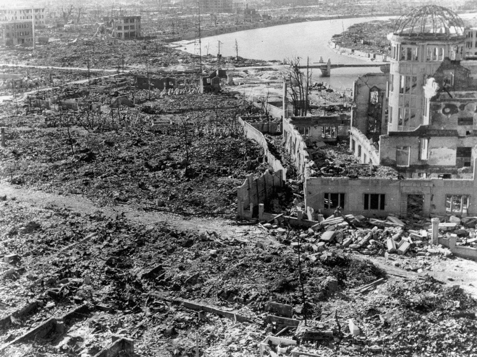 Hiroshima und Nagasaki vor und nach dem Abnehmen