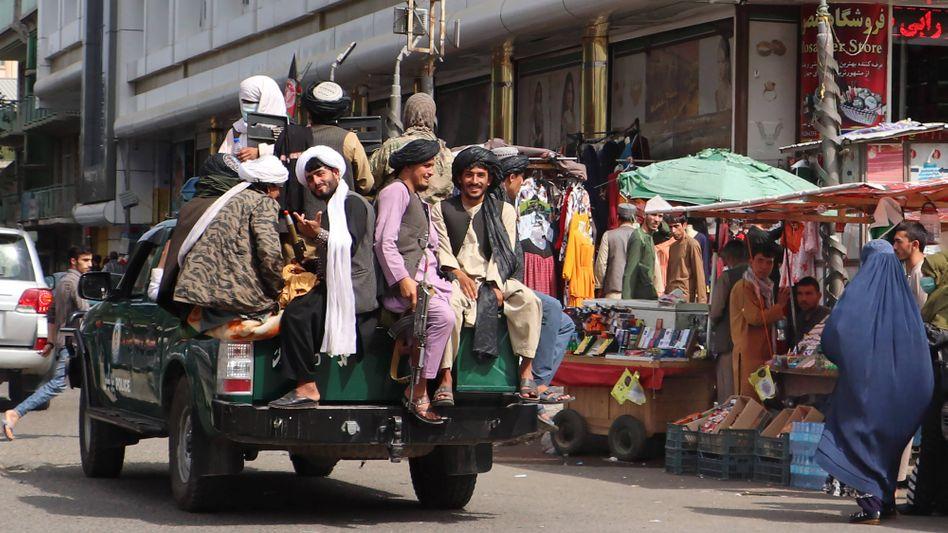 Taliban fighters patrolling in Kabul